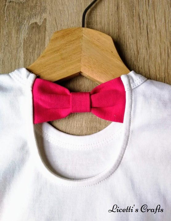 zoom de lazo fucsia para camiseta de algodón pima