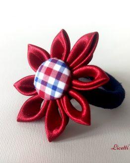 Coletero granate y marino hechos a mano. con forma de flor