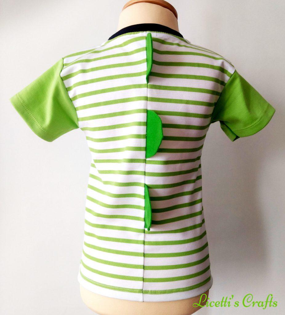 Detalle espalda camiseta algodón pima con púas de cocodrilo