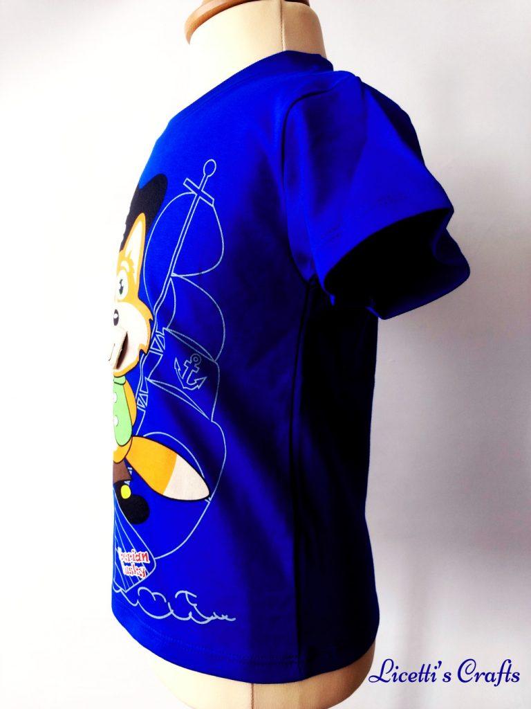 Detalle costado camiseta infantil en algodón pima