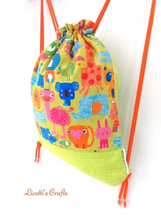 detalle mochila cuerdas hecha a mano animales