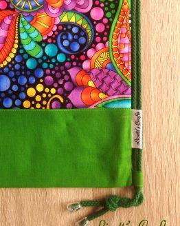 Detalle mochila hecha a mano cuerdas verde