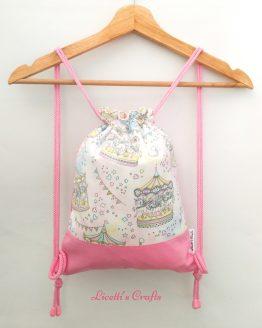 mochila cuerdas tejido tiovivo unicornios rosa
